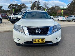 2015 Nissan Pathfinder ST White Constant Variable Wagon.