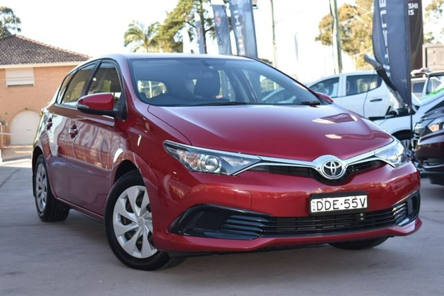 Used Toyota Corolla ZRE182R Ascent S-CVT Blacktown, 2015 Toyota Corolla ZRE182R Ascent S-CVT Red 7 Speed Constant Variable Hatchback