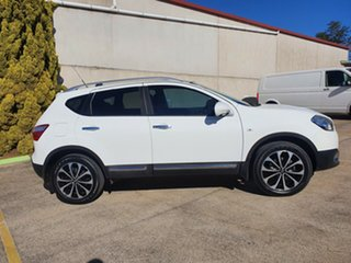 2012 Nissan Dualis J10 Series II MY2010 Ti X-tronic AWD White 6 Speed Constant Variable Hatchback