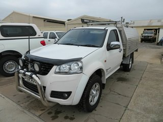 2012 Great Wall V200 K2 (4x4) White 6 Speed Manual Cab Chassis.