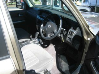 2006 Nissan Patrol Gold Automatic Wagon.