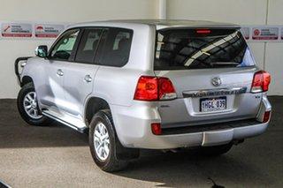 2014 Toyota Landcruiser VDJ200R MY13 GXL (4x4) Silver Pearl 6 Speed Automatic Wagon.