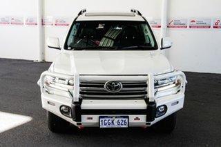 2016 Toyota Landcruiser VDJ200R MY16 Sahara (4x4) Crystal Pearl 6 Speed Automatic Wagon.