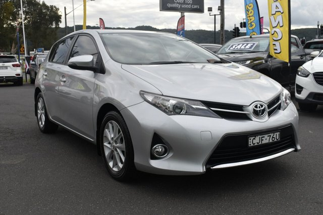 Used Toyota Corolla ZRE182R Ascent Gosford, 2013 Toyota Corolla ZRE182R Ascent Silver 6 Speed Manual Hatchback