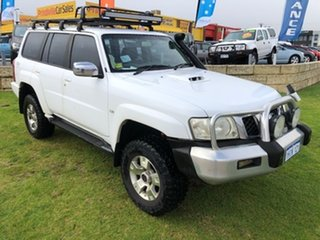 2005 Nissan Patrol GU IV MY05 ST-L White 5 Speed Manual Wagon.