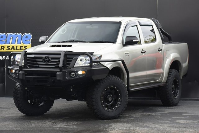 Used Toyota Hilux KUN26R MY12 SR5 Double Cab Campbelltown, 2013 Toyota Hilux KUN26R MY12 SR5 Double Cab Sterling Silver 5 Speed Manual Utility