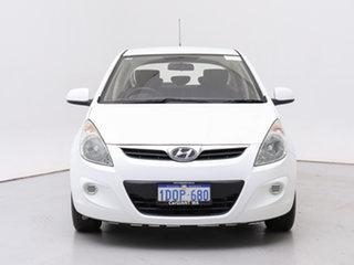 2011 Hyundai i20 PB MY11 Active White 5 Speed Manual Hatchback.