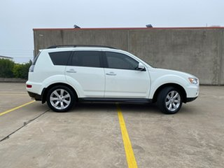 2011 Mitsubishi Outlander ZH MY11 XLS White 6 Speed Constant Variable Wagon.