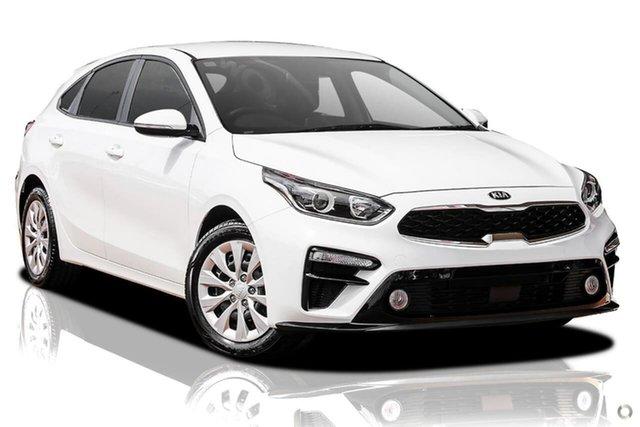 Demo Kia Cerato BD MY21 S Reynella, 2020 Kia Cerato BD MY21 S White 6 Speed Sports Automatic Hatchback