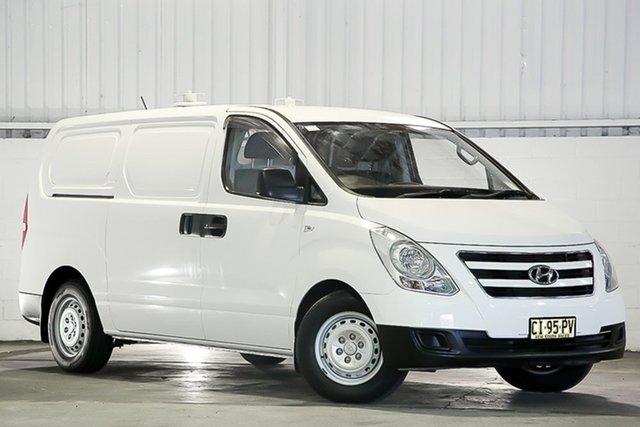 Used Hyundai iLOAD TQ3-V Series II MY16 Erina, 2016 Hyundai iLOAD TQ3-V Series II MY16 White 5 Speed Automatic Van