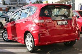 2014 Honda Jazz Vibe-S Red 5 Speed Automatic Hatchback.