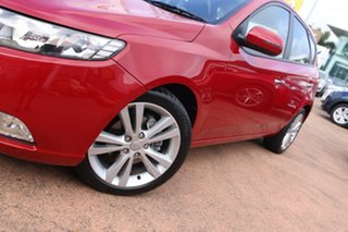 2013 Kia Cerato TD MY13 SLi Red 6 Speed Automatic Hatchback.