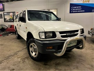 1999 Holden Rodeo TF R9 LX Space Cab 4x2 White 5 Speed Manual Cab Chassis.