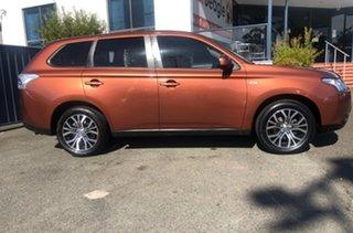 2013 Mitsubishi Outlander ZJ MY13 ES 2WD Orange 6 Speed Constant Variable Wagon.