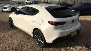 2021 Mazda 3 BP2H7A G20 SKYACTIV-Drive Touring White Pearl 6 Speed Sports Automatic Hatchback