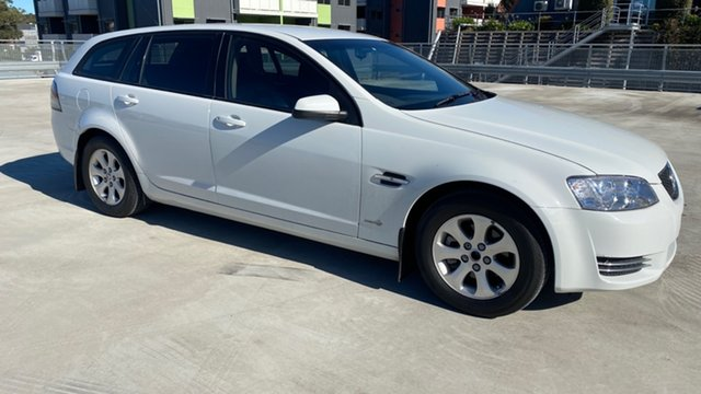 Used Holden Commodore VE II MY12 Omega Sportwagon Cardiff, 2012 Holden Commodore VE II MY12 Omega Sportwagon White 6 Speed Sports Automatic Wagon