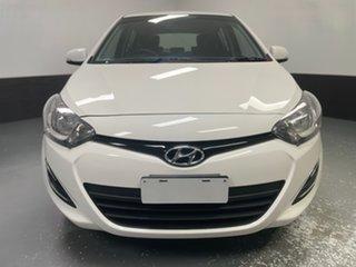 2014 Hyundai i20 PB MY15 Active Coral White 6 Speed Manual Hatchback.