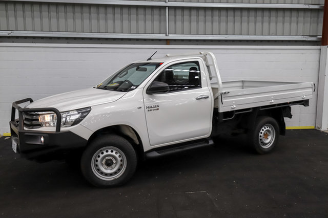 Used Toyota Hilux GUN126R SR Canning Vale, 2016 Toyota Hilux GUN126R SR White 6 Speed Sports Automatic Cab Chassis