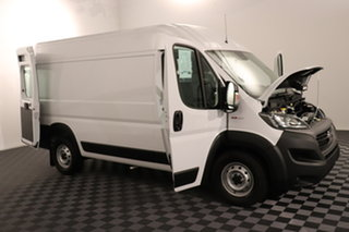 Fiat Ducato Series 7 Mid Roof MWB White 9 speed Automatic Van.