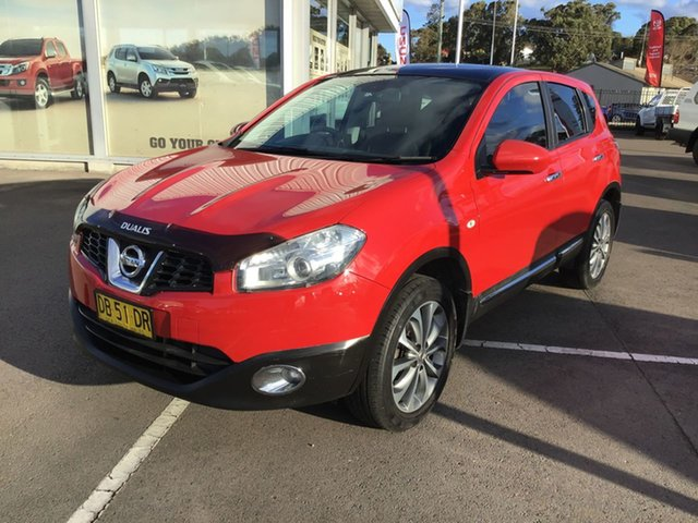 Used Nissan Dualis J10 MY2009 Ti Hatch X-tronic Cardiff, 2010 Nissan Dualis J10 MY2009 Ti Hatch X-tronic Red 6 Speed Constant Variable Hatchback
