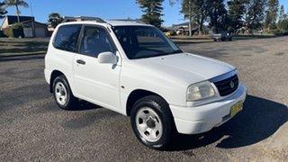 2000 Suzuki Grand Vitara SQ420 Type1 JLX White 4 Speed Automatic Hardtop.