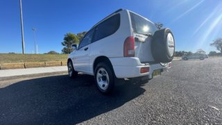 2000 Suzuki Grand Vitara SQ420 Type1 JLX White 4 Speed Automatic Hardtop