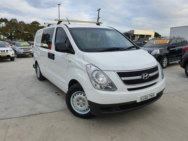 Used Hyundai iLOAD TQ2-V MY13 Crew Cab Liverpool, 2013 Hyundai iLOAD TQ2-V MY13 Crew Cab White 5 Speed Automatic Van
