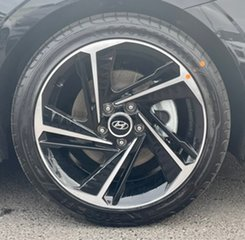 2021 Hyundai i30 CN7.V1 MY21 N Line Phantom Black 7 Speed Auto Dual Clutch Sedan