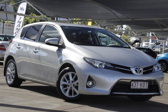 Used Toyota Corolla ZRE182R Ascent Sport S-CVT Bundamba, 2015 Toyota Corolla ZRE182R Ascent Sport S-CVT Silver 7 Speed Constant Variable Hatchback