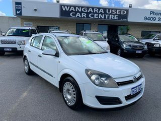 2004 Holden Astra AH CD White 4 Speed Automatic Hatchback.