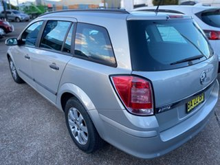 2008 Holden Astra AH MY09 CD Gold 4 Speed Automatic Wagon.