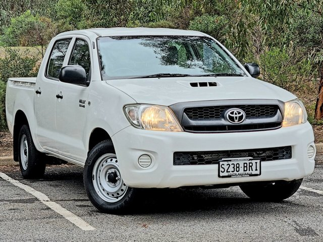 Used Toyota Hilux KUN16R MY10 SR 4x2 Morphett Vale, 2010 Toyota Hilux KUN16R MY10 SR 4x2 White 5 Speed Manual Utility