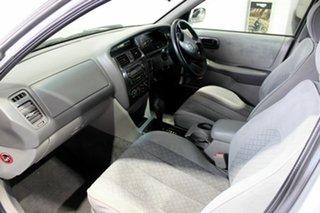 2005 Toyota Avalon MCX10R Mark III GXi Silver 4 Speed Automatic Sedan