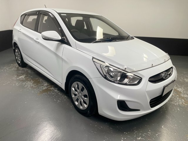 Used Hyundai Accent RB4 MY16 Active Rutherford, 2016 Hyundai Accent RB4 MY16 Active White 6 Speed Constant Variable Hatchback