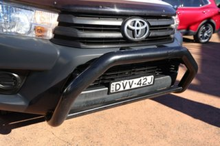 2018 Toyota Hilux TGN121R MY17 Workmate White 5 Speed Manual Cab Chassis