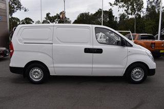 2017 Hyundai iLOAD TQ3-V Series II MY17 White 6 Speed Manual Van.
