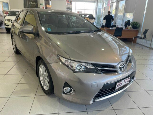 Used Toyota Corolla ZRE182R Ascent Sport S-CVT Mount Gravatt, 2013 Toyota Corolla ZRE182R Ascent Sport S-CVT Positano Bronze 7 Speed Constant Variable Hatchback