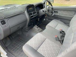 2011 Nissan Navara D22 Series 5 DX (4x2) White 5 Speed Manual Cab Chassis