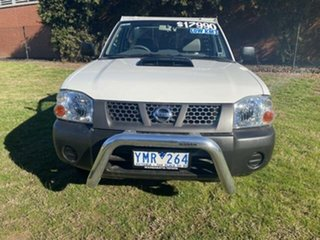 2011 Nissan Navara D22 Series 5 DX (4x2) White 5 Speed Manual Cab Chassis.