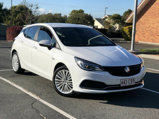 Used Holden Astra BK MY17 R Chermside, 2017 Holden Astra BK MY17 R White 6 Speed Sports Automatic Hatchback