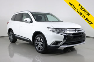 2017 Mitsubishi Outlander ZK MY17 LS Safety Pack (4x2) White Continuous Variable Wagon.