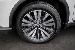 2018 Mitsubishi Outlander ZL MY19 ES 2WD ADAS White 6 Speed Constant Variable Wagon.