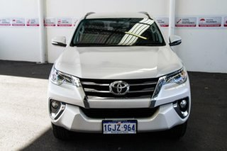 2016 Toyota Fortuner GUN156R GXL Crystal Pearl 6 Speed Automatic Wagon.
