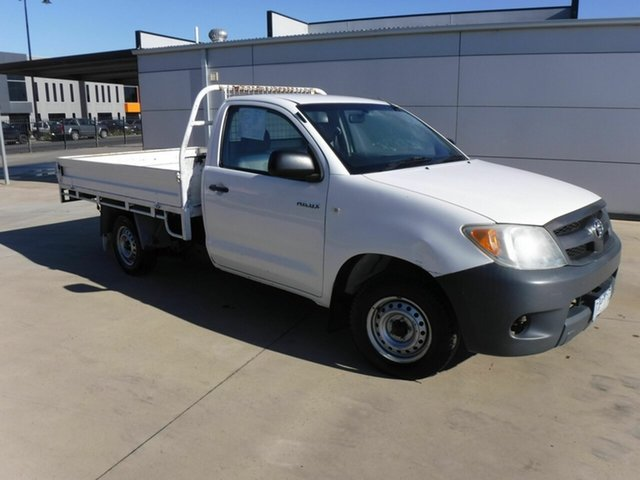 Used Toyota Hilux TGN16R MY05 Workmate 4x2 Pakenham, 2005 Toyota Hilux TGN16R MY05 Workmate 4x2 White 5 Speed Manual Cab Chassis