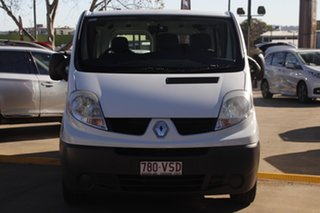 2014 Renault Trafic X83 Phase 3 Low Roof Quickshift White 6 Speed Seq Manual Auto-Clutch Van.