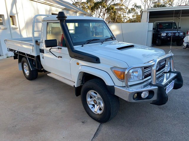 Pre-Owned Toyota Landcruiser VDJ79R MY10 GXL Moora, 2012 Toyota Landcruiser VDJ79R MY10 GXL French Vanilla 5 Speed Manual Cab Chassis