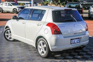2005 Suzuki Swift RS415 White 4 Speed Automatic Hatchback.