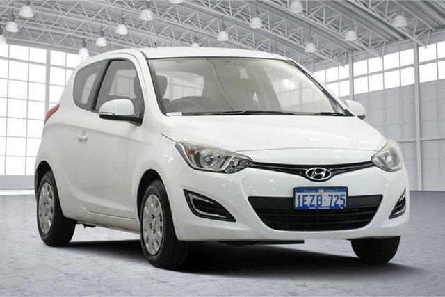 Used Hyundai i20 PB MY16 Active Victoria Park, 2015 Hyundai i20 PB MY16 Active Polar White 6 Speed Manual Hatchback