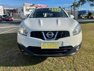 2013 Nissan Dualis J10W Series 4 MY13 ST Hatch X-tronic 2WD White 6 Speed Constant Variable.