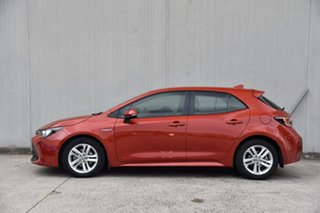 2018 Toyota Corolla ZWE211R Ascent Sport E-CVT Hybrid Red 10 Speed Constant Variable Hatchback